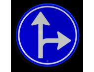 Verkeersbord RVV D06r - Verplichte rijrichting rechtdoor of rechtsaf