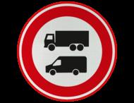 Verkeersbord - Verboden voor vrachtverkeer (en bestelbusjes)