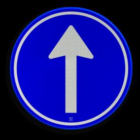 Verkeersbord Gebod tot het volgen van de rijrichting of één van de rijrichtingen die op het bord zijn aangegeven Verkeersbord RVV D04 - Verplichte rijrichting rechtdoor D04 pijlbord, pijlen, rond blauw bord, bord met pijlen, D4, verplichte rijrichting, gebod