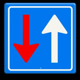 Verkeersteken Bestuurders uit tegengestelde richting moeten het verkeer, dat van deze richting nadert, door laten gaan Verkeersteken RVV F06 - klasse III Wegversperring, tegeovergestelde richting, voorrang, F6