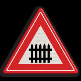 Verkeersbord Je nadert een bewaakte overweg Verkeersbord RVV J10 - Vooraanduiding overweg met slagbomen J10 spoorwegen, spoorwegovergang, overgang, overweg, trein, treinen, let op, pas op, J10, bewaakte overgang