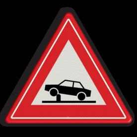 Verkeersbord Waarschuwing voor elektrische in- en uitschuifbare paal in de rijbaan (poller) waarmee toegankelijkheid van straten en gebieden kan worden geregeld Verkeersbord RVV J39 - Vooraanduiding verkeerspaal J39 poller, rampaal, hydraulische, obstakel, elektrische paal