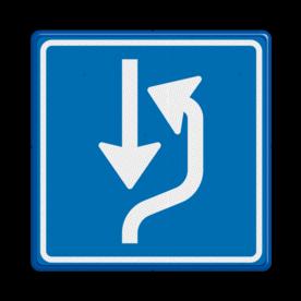 Verkeersbord Uitwijkplaats rechts van de weg Verkeersbord RVV L20 - uitwijkplaats rechts L20 rijrichting, bord met pijl, vierkant bord met pijl, blauw bord met pijl, c5