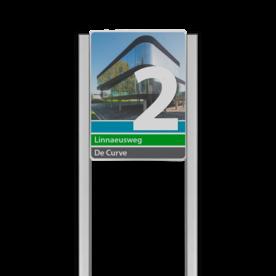 Bedrijfsnaambord 3:4 reflecterend met luxe staanders - Met beeldmateriaal/foto Bedrijfsnaambord, bedrijfslogo, logobord, bedrijf, bord, reflecterend, portaal, systeem