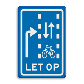 Verkeersbord Let op: recht doorgaande fietsers in twee richtingen Verkeersbord RVV VR09-03 - Let op: recht doorgaande fietsers in twee richtingen VR09-03 VR09-01, VR09, Verkeerslichten, kruising, fietsers