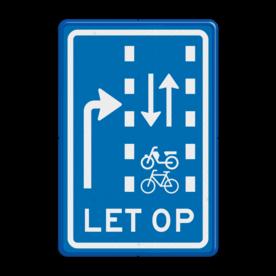 Verkeersbord Let op: recht doorgaande fietsers en bromfietsers in twee richtingen Verkeersbord RVV VR09-04 - Let op: recht doorgaande fietsers en bromfietsers in twee richtingen VR09-04 VR09-02, VR09, Verkeerslichten, kruising, fietsers, brommers, bromfietsers