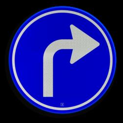 Verkeersbord Gebod tot het volgen van de rijrichting of één van de rijrichtingen die op het bord zijn aangegeven Verkeersbord RVV D05r - Verplichte rijrichting rechtsaf D05r pijlbord rechts. pijl, rond blauw bord, bord met pijl rechts, D5, D5r, verplichte rijrichting, volgen