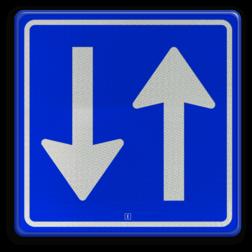 Verkeersbord Inrijden toegestaan Verkeersbord RVV C05 - Inrijden toegestaan C05 rijrichting, bord met pijl, vierkant bord met pijl, blauw bord met pijl, c5